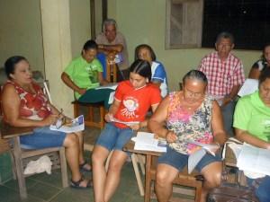 Da Igreja de Belterra, 78 lideranças das Cebs e pastorais, entre jovens e adultos, fazem os ajustes finais às visitas missionárias ao projeto da Missão Diocesana de Evangelização.